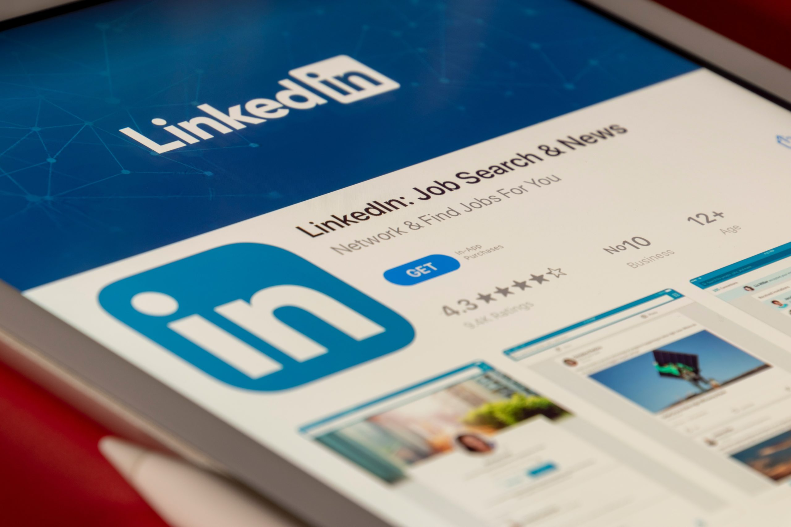 Top Tips for LinkedIn For Physiotherapy Practice Owners